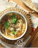 料理的基礎6:牛肉餡餅+韭菜盒子+酸辣湯+辣味高麗菜乾