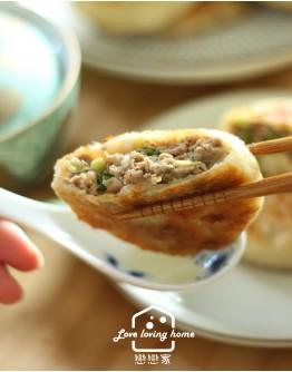6/30 料理的基礎6:牛肉餡餅+韭菜盒子+酸辣湯+辣味高麗菜乾