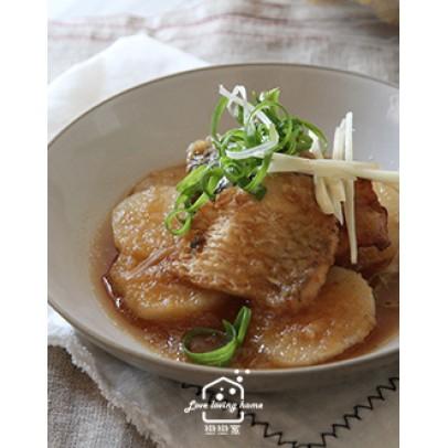 日式料理6:蘿蔔鮮魚甘露煮/干貝蓋飯二吃/珍味茸菇醬/ 抹茶栗子水羊羹