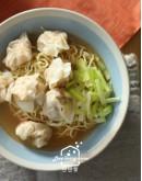 港式料理6:金磚脆皮燒肉/鮮蝦雲吞撈麵/黃金馬蹄條/蠔油鮮蔬
