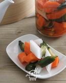 港式料理3:鹹魚雞粒豆腐煲/秘製叉燒包,加碼:叉燒酥/廣式泡菜
