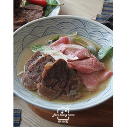 越式料理1:香茅松坂烤肉米線/越式牛肉湯/大理石紋水果冰淇淋(免冰淇淋機)