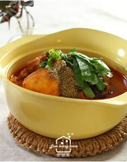 韓式料理2:韓式馬鈴薯燉排骨/糖醋肉/辣拌魷魚絲/脆皮營養年糕派