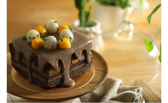 芒果巧克力滴落蛋糕,濕潤又細緻的簡易蛋糕