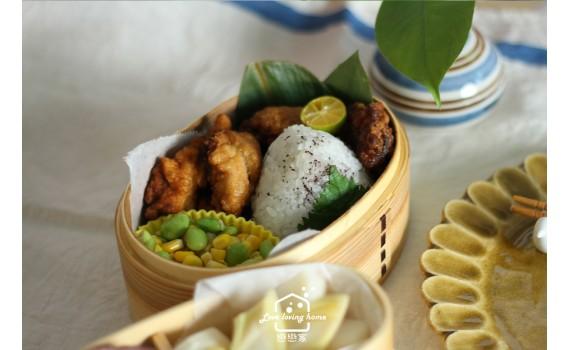 便當日記21:雞唐揚+紫蘇飯糰