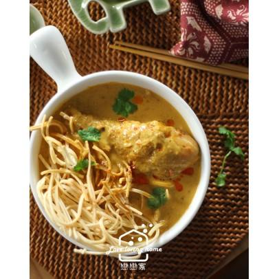 4/20(二)泰式料理3:黃咖哩雞麵+瀑布豬沙拉+蝦醬高麗菜+羅望子果汁